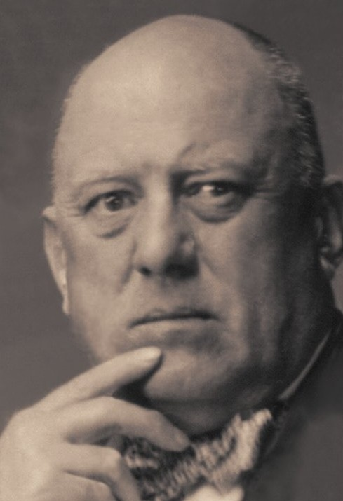 000Aleister_Crowley_LIFE_Pics_06_touched